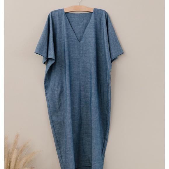137f97b47d Rachel Craven Vneck Cocoon Dress in Chambray. M 5ac3e27cdaa8f6024866f047